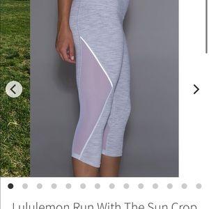 Lululemon Run With The Sun Crop 6 White leggings